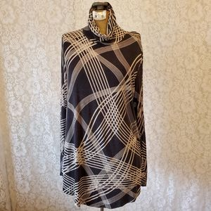 {JM Collection} Long Sleeve Patterned Tunic